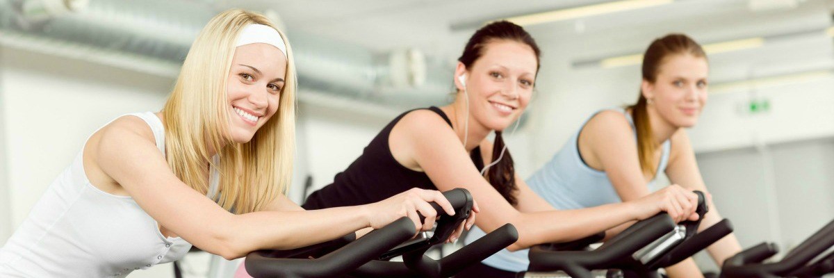 Groepsles Spinning & IndoorCycling bij Fitness de Bataaf - Sportschool Den Haag.