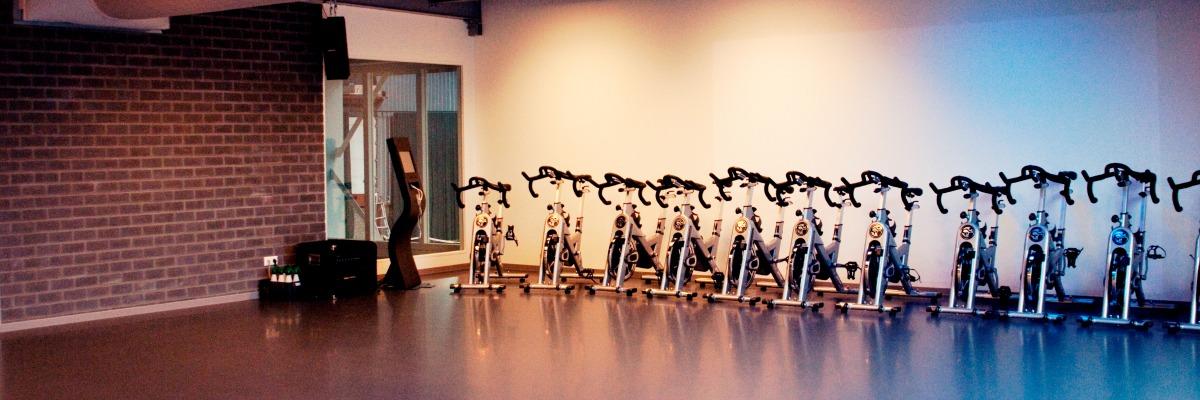 Multifunctionele zaal & Spinningruimte bij Fitness de Bataaf - Sportschool Den Haag.